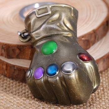 Брелок Перчатка Бесконечности / The Infinity Gauntlet