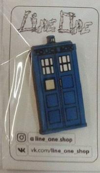 Деревянный значок Тардис Доктор Кто / Tardis Doctor Who