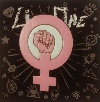 Деревянный значок Women Power