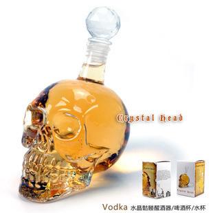 Бутылка Череп Стекляная